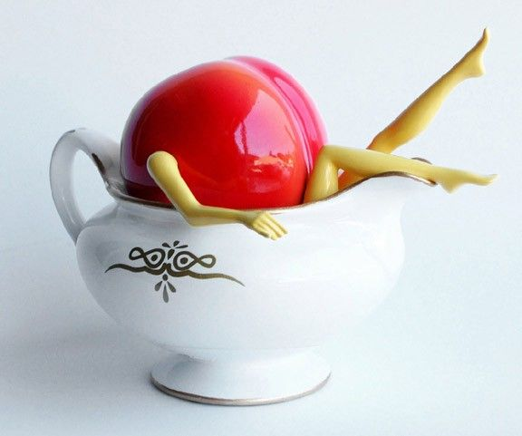 OUT OF THE BOWL - Thad Markham Artist - Fruit Sculptures Peaches and Cream
