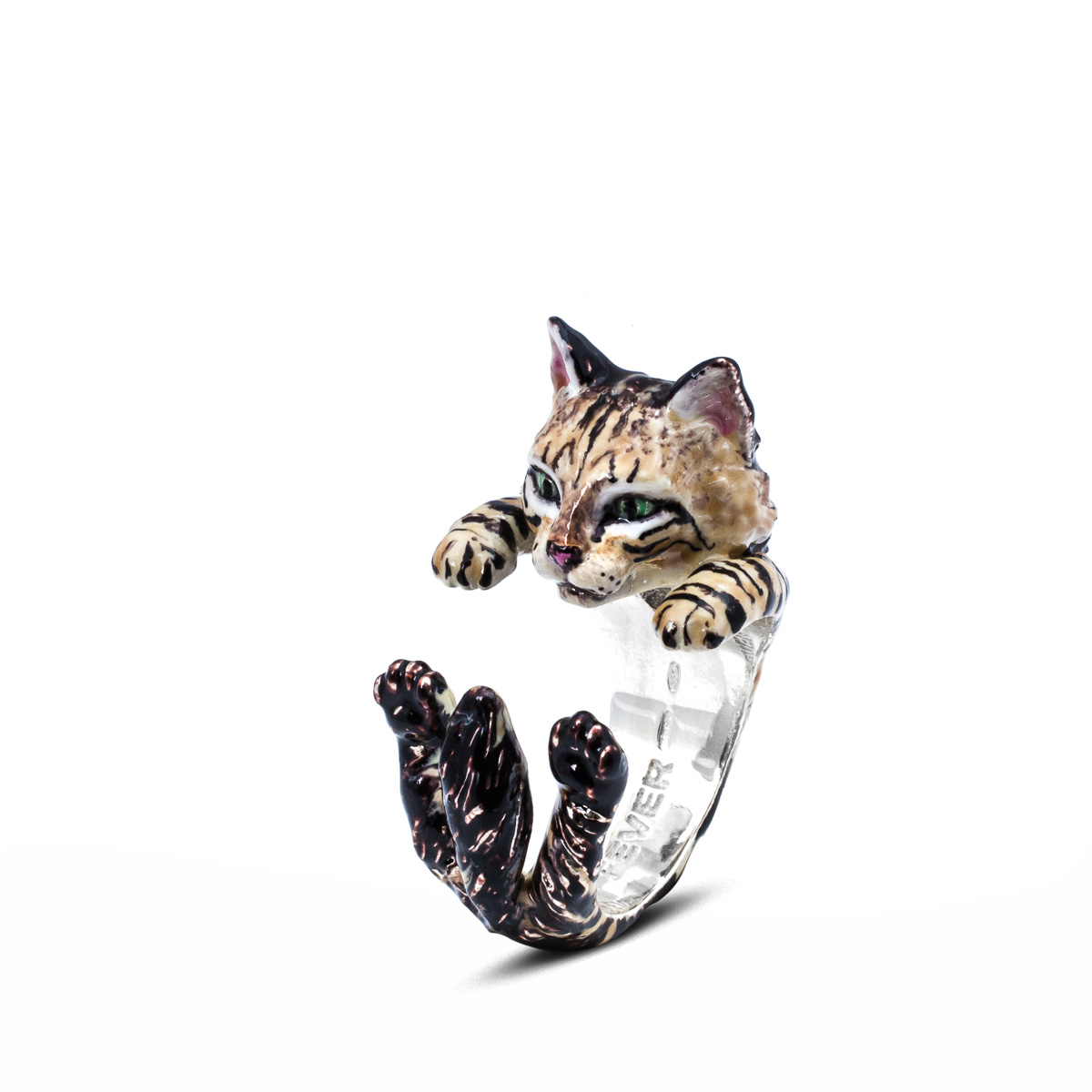 Hug Ring_Norwegian_Forest_enameled_DIAGONAL